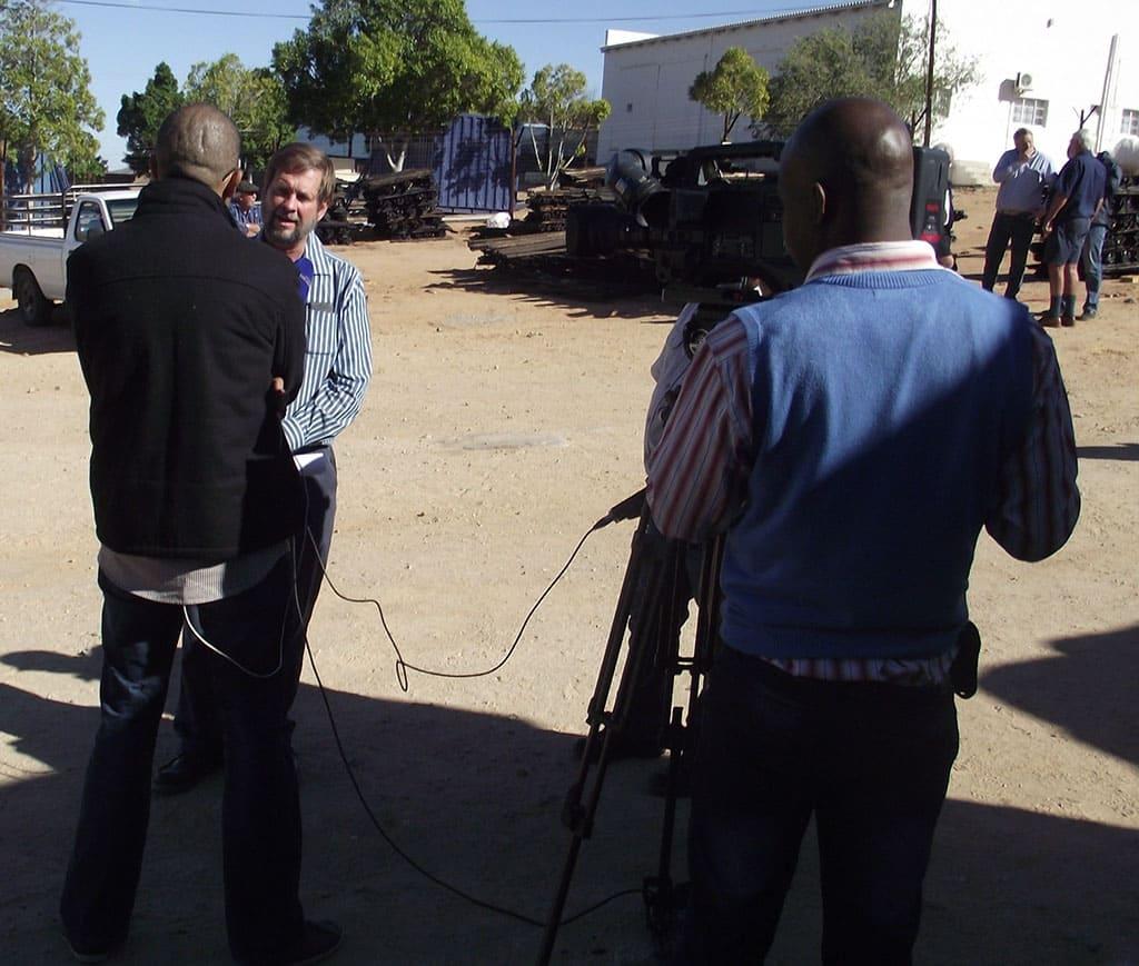 Agri Noord Kaap - Johannes Moller voor SABC kameras
