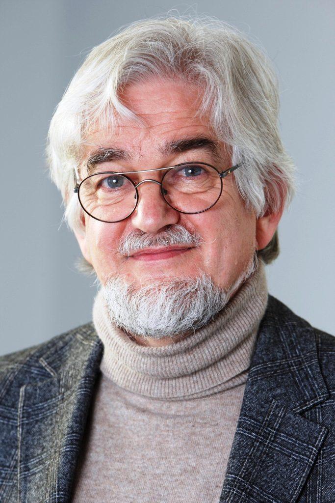 Dr Stefan Cramer